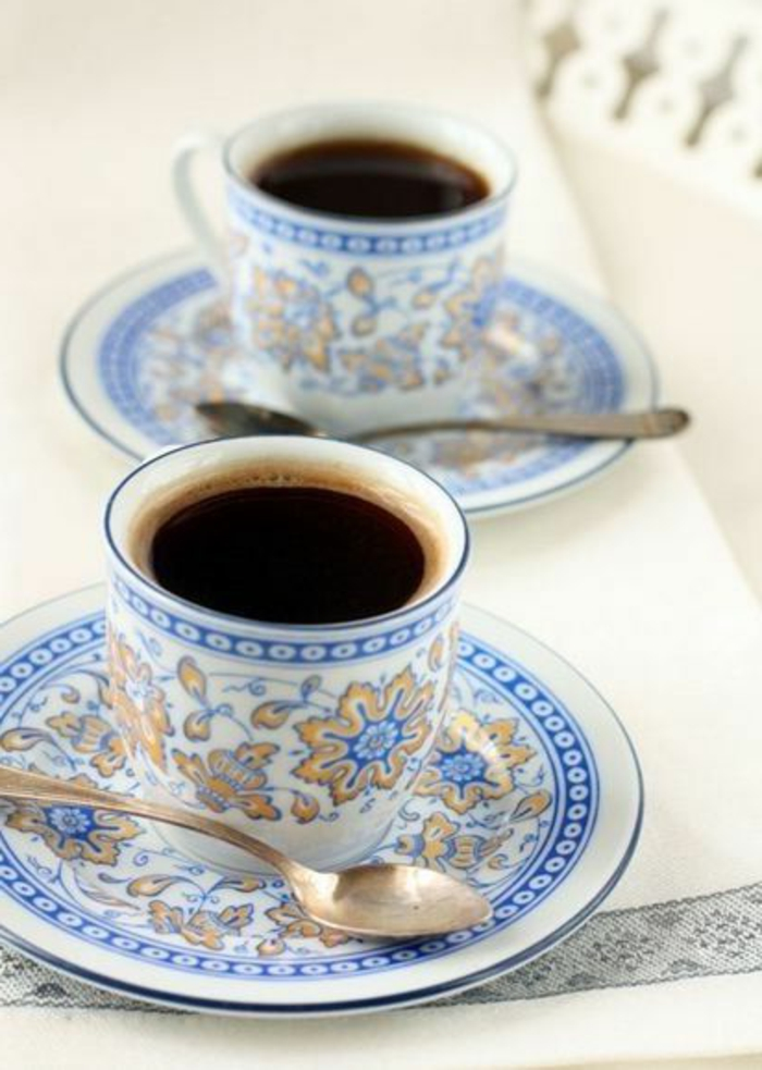 1-tasse-à-café-nespresso-service-a-cafe-avec-tasse-à-café-nespresso-decoration-bleu-chaby-chic