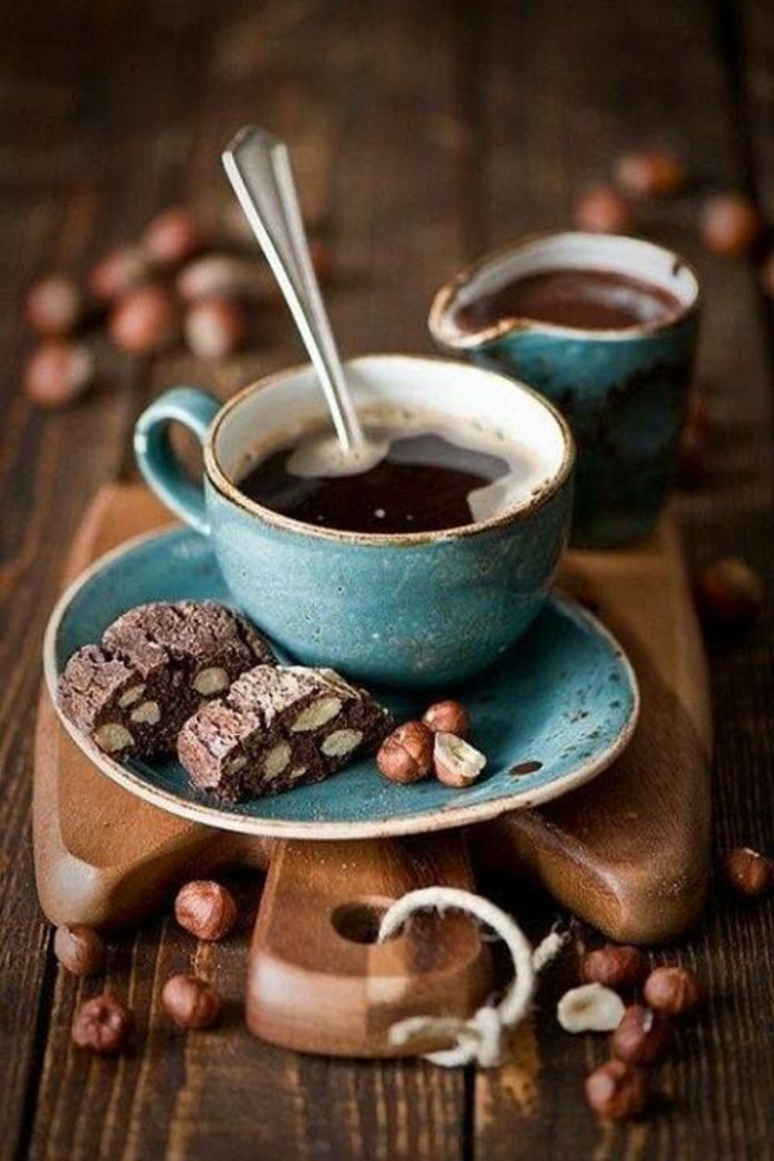 1-tasse-à-café-personnalisée-pour-boir-du-cafe-chez-vous-une-jolie-idee-pour-boir-du-cafe