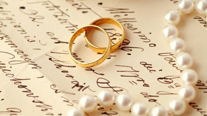 2-bague-mariage-carties-les-bagues-de-mariage-pour-lui-et-pour-elle-bague-en-or