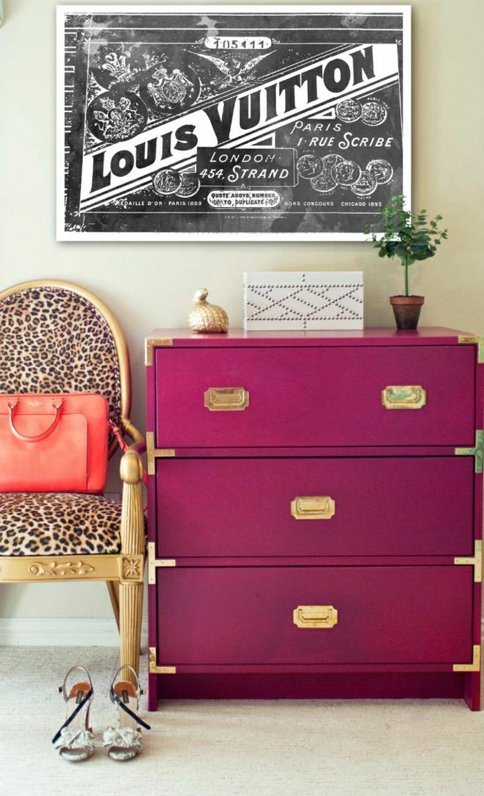 2-comment-repeindre-les-meubles-patines-joli-commode-en-bois-de-couleur-rose