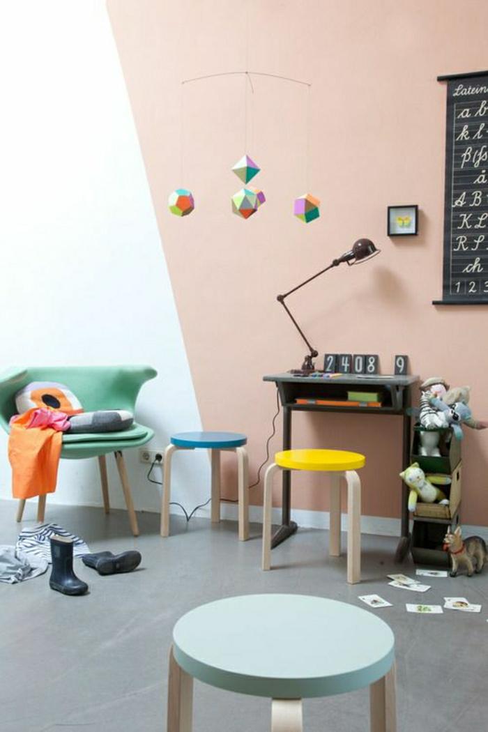 2-jolie-decoration-murale-pan-de-mur-rose-pan-de-mur-blanc-decoration-chambre-d-enfant