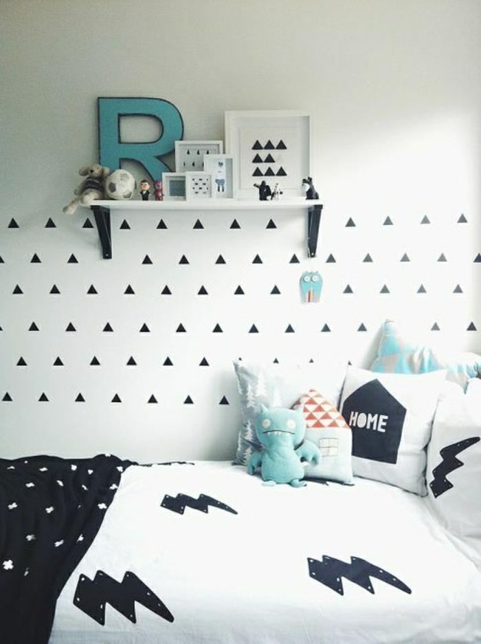 2-quelle-papier-peint-noir-et-blanc-choisir-pour-le-mur-dans-la-chambre-à-coucher