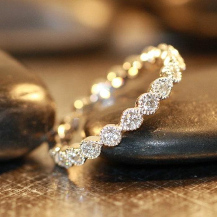 3-noce-de-mariage-en-or-et-diamants-comment-choisir-les-meilleures-bague-de-mariage