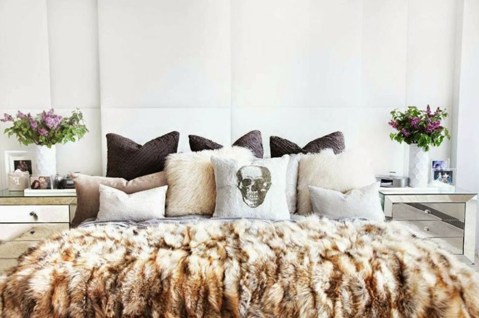 le meilleur plaid en fourrure en 40 photos inspirantes. Black Bedroom Furniture Sets. Home Design Ideas