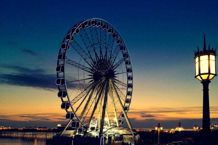 Angleterre-UK-Brighton-cité-touristique-et-historique-au-cocher-de-soleil