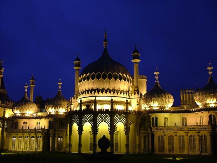 Angleterre-UK-Brighton-cité-touristique-et-historique-beau-lumineux-en-été