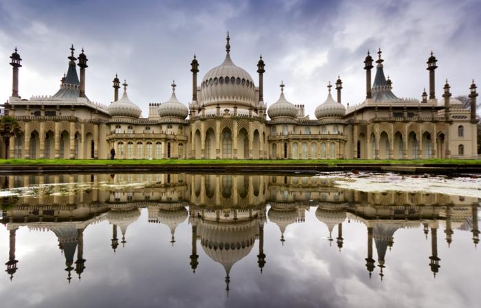 Angleterre-UK-Brighton-cité-touristique-et-historique-eau