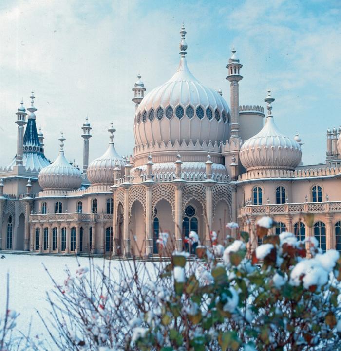 Angleterre-UK-Brighton-cité-touristique-et-historique-en-hiver-le-pavilion-royal-Brighton Pavilion