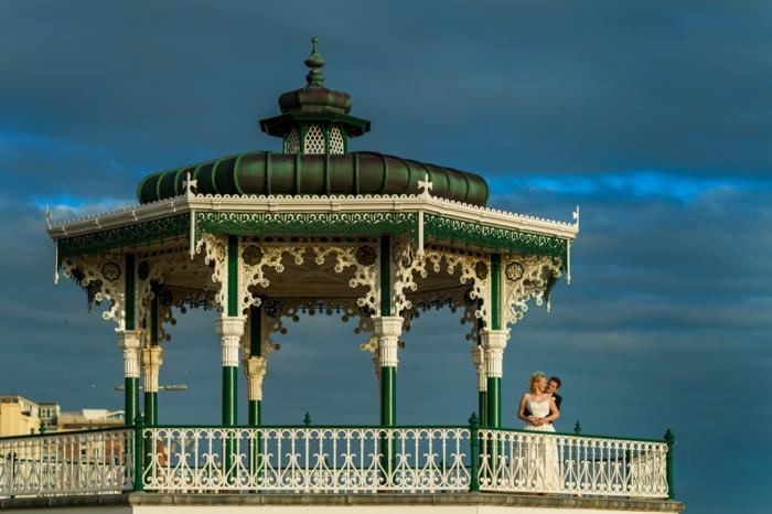 Angleterre-UK-Brighton-cité-touristique-et-historique-kiosque-mariage