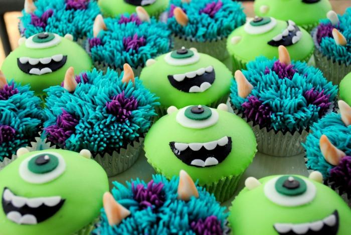 Anniversaire-fille-monstre-et-cie-thematique-cupcakes