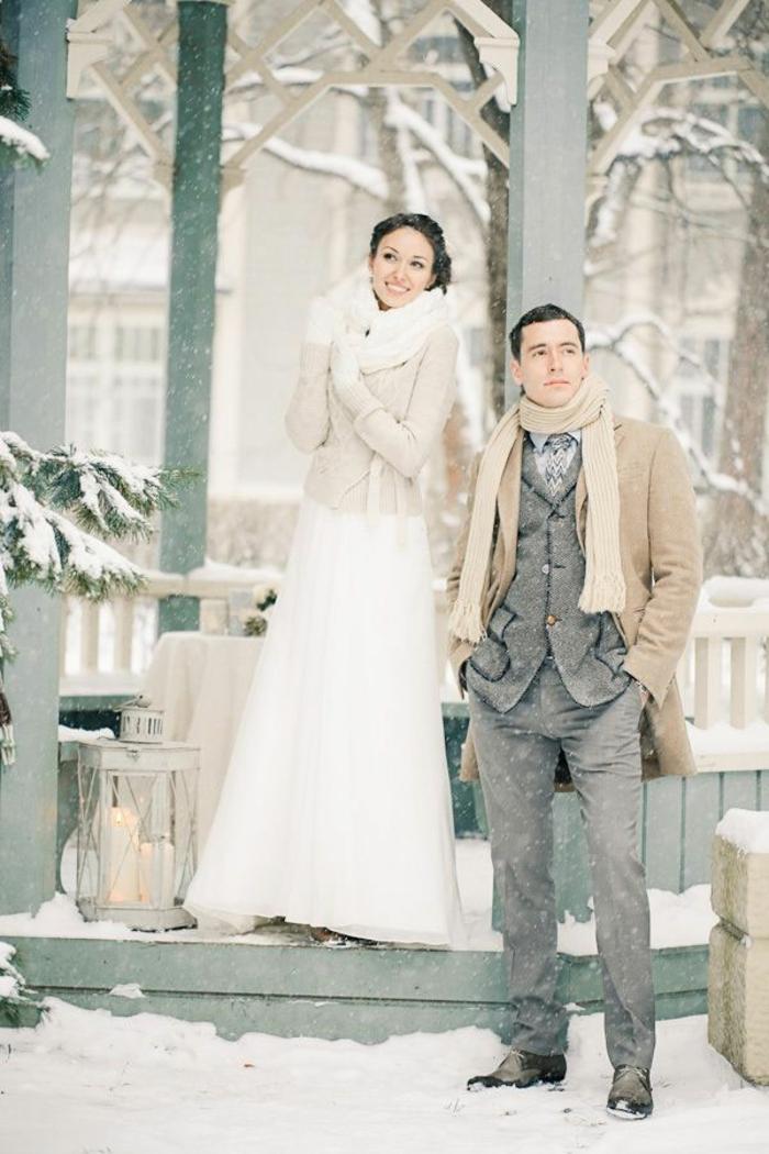 la-robe-de-mariée-d-hiver-Belle-robe-mariée-hiver-et-printemps-carouselle-en-hiver-neige-resized