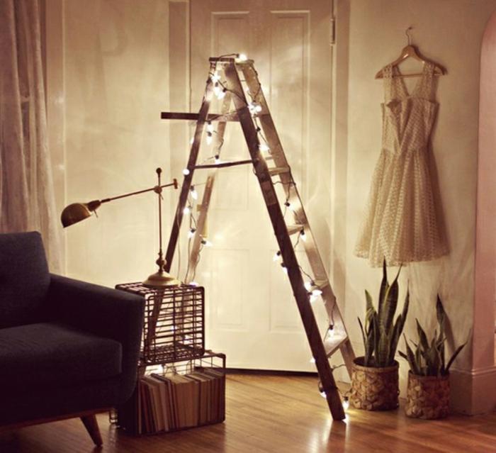 Faire-une-chambre-belle-et-cozy-avec-décoration-echelle-et-lumieres