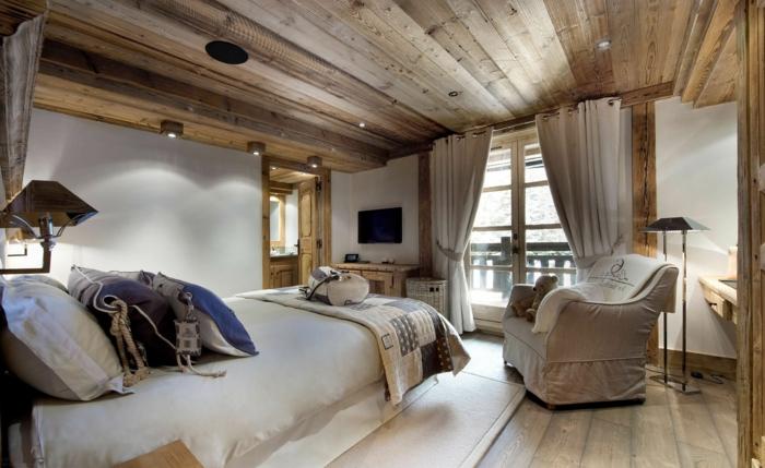 Idée-pour-la-déco-cozy-de-votre-maison-ambiance-lit-chambre-rustique