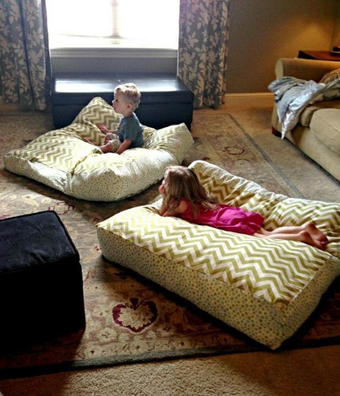 Idée-quel-oreiller-pour-enfant-chambre-mignon-gros-coussinet