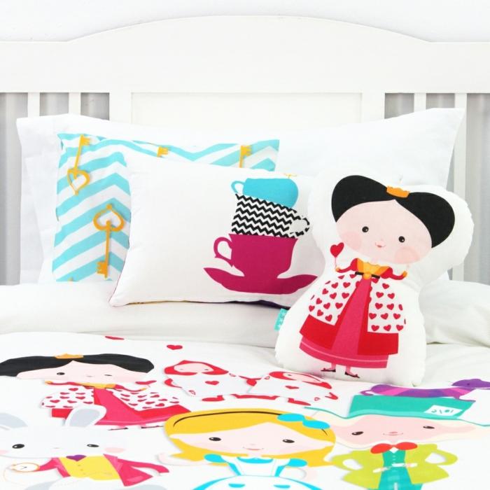 Idée-quel-oreiller-pour-enfant-chambre-mignon-princesse