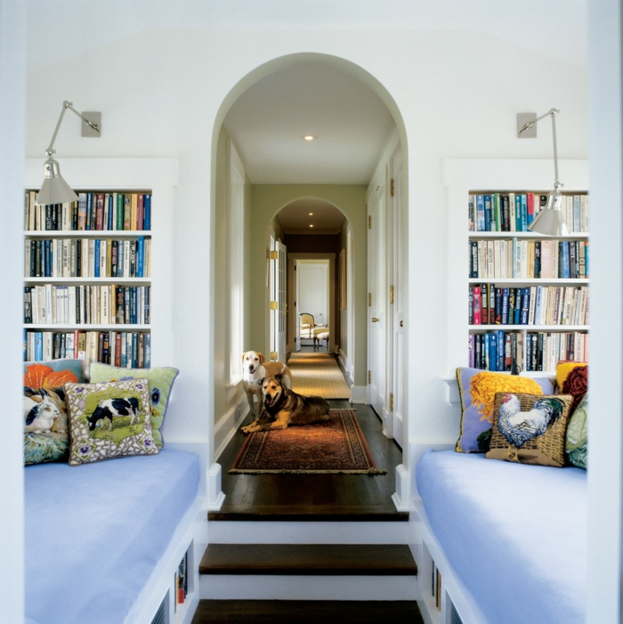 Idée-quelle-lampe-lecture-choisir-maison-pièce-design-couloir-chiens