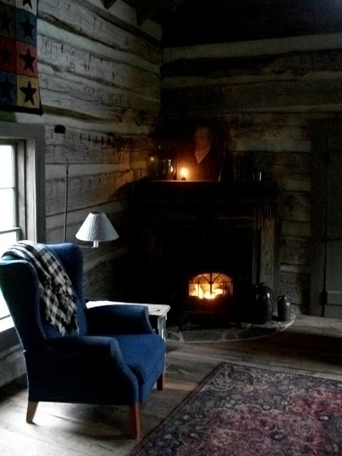 Idées-intérieur-déco-cosy-salon-cosy-chambre-feu-cheminée