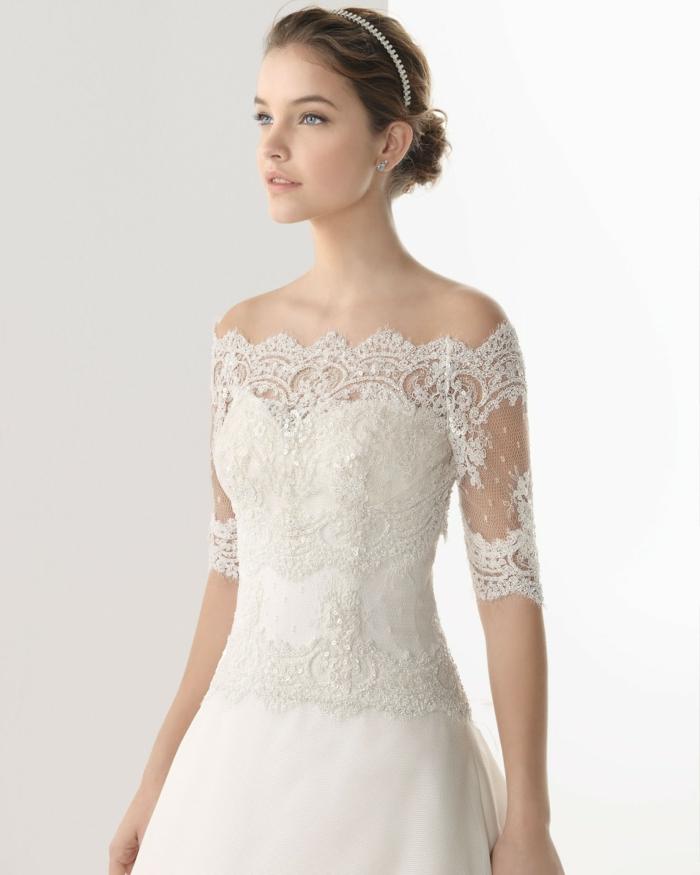 La-robe-de-mariée-hiver-saison-bustier-en-dentelle-jolie-robe-élégante-resized