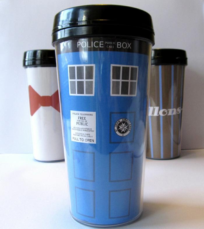 La-tasse-personnaliséetasse-à-thé-ou-chocolat-chaud-po-box-dr-who
