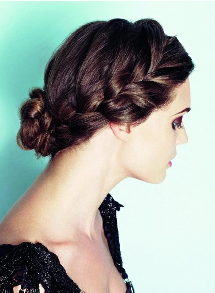 Le-chignon-tresse-coiffure-messy-bun-diy-facile-à-faire