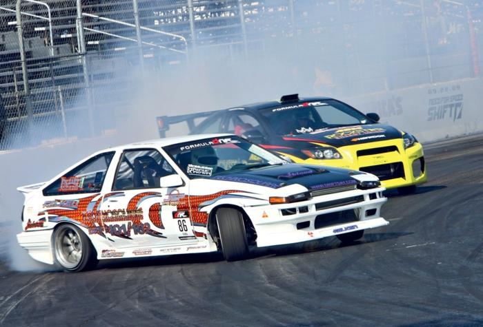 Le-drift-sur-circuit-sport-automobile-de-glisse-control-fond-d-écran-gratuit