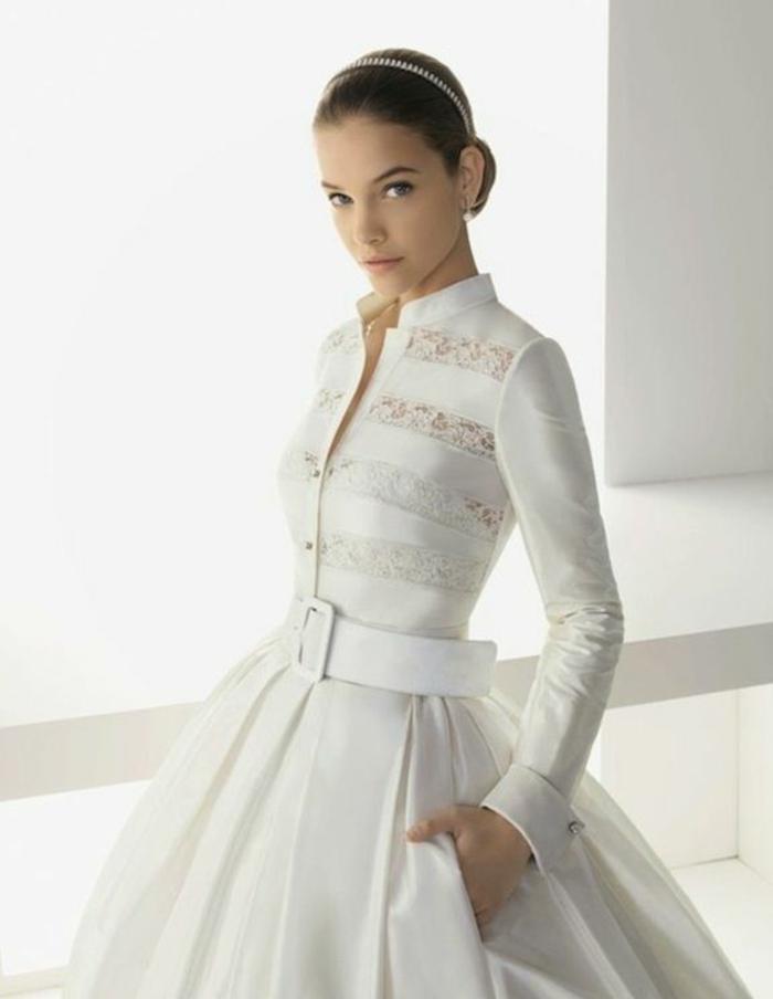 Mariage-robe-de-mariée-d-hiver-bohème-robe-simple-blanche-manches-resized