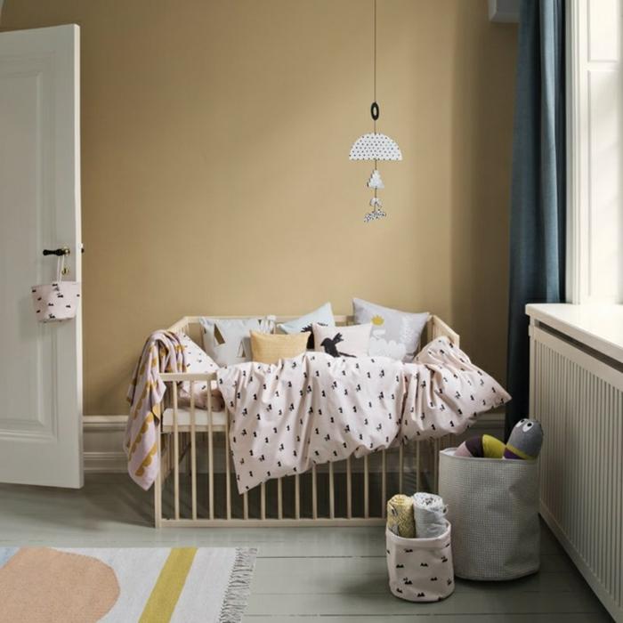 Pour-le-lit-dans-la-chambre-enfant-taie-oreiller-enfant-bebe