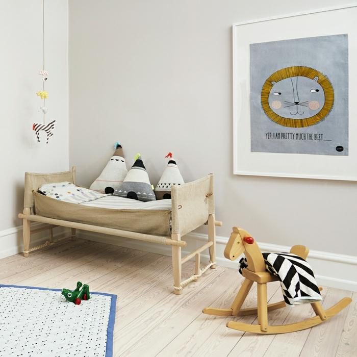 Pour-le-lit-dans-la-chambre-enfant-taie-oreiller-enfant-triangle