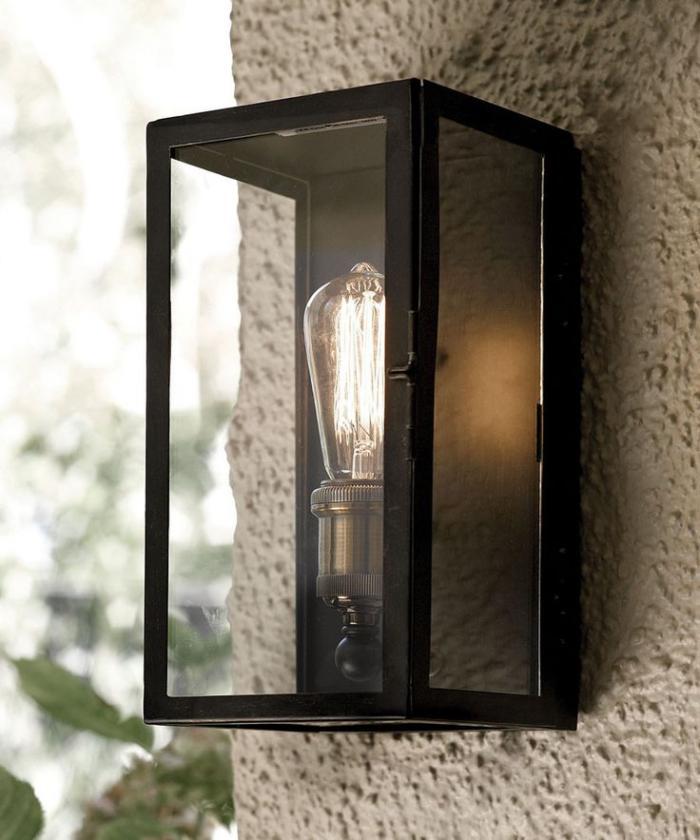 appliques-extérieures-applique-stylée-type-lanterne-moderne
