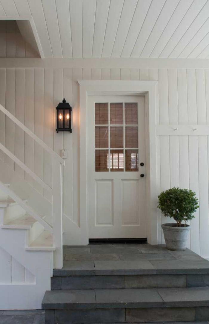 appliques-extérieures-façade-blanche-élégante-luminaire-applique-murale