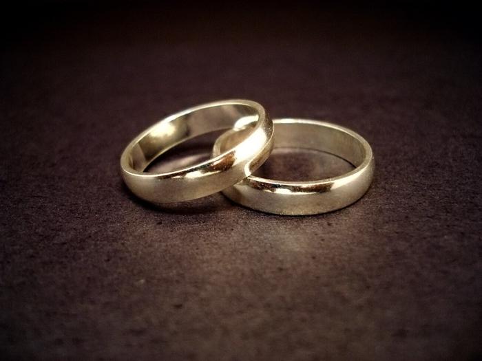 bague-mariage-cartier-pour-elle-et-pour-lui-comment-choisir-la-meilleure-bague-de-mariage