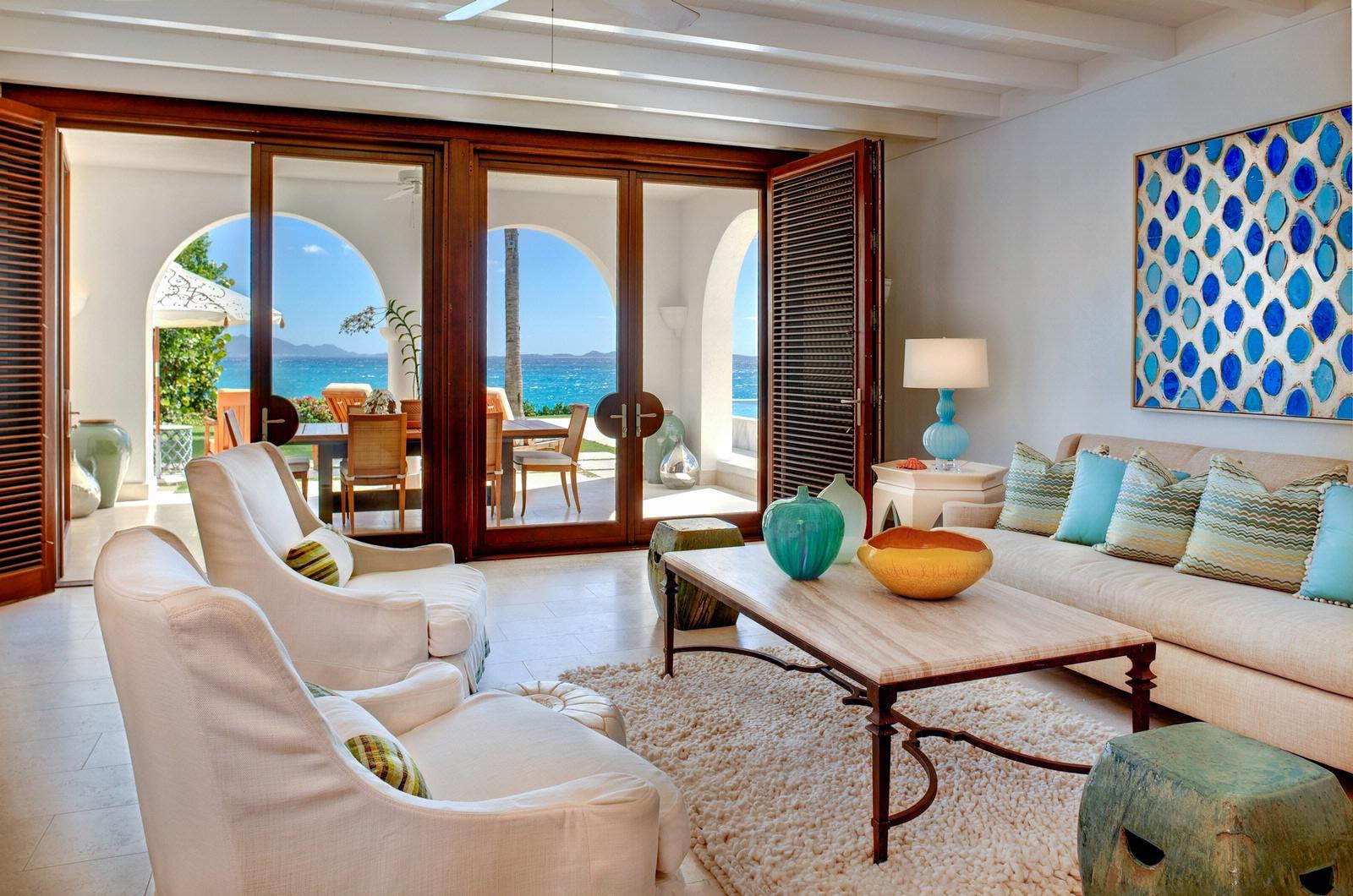 Belle d coration la maison avec le tapis shaggy blanc Belle deco interieur