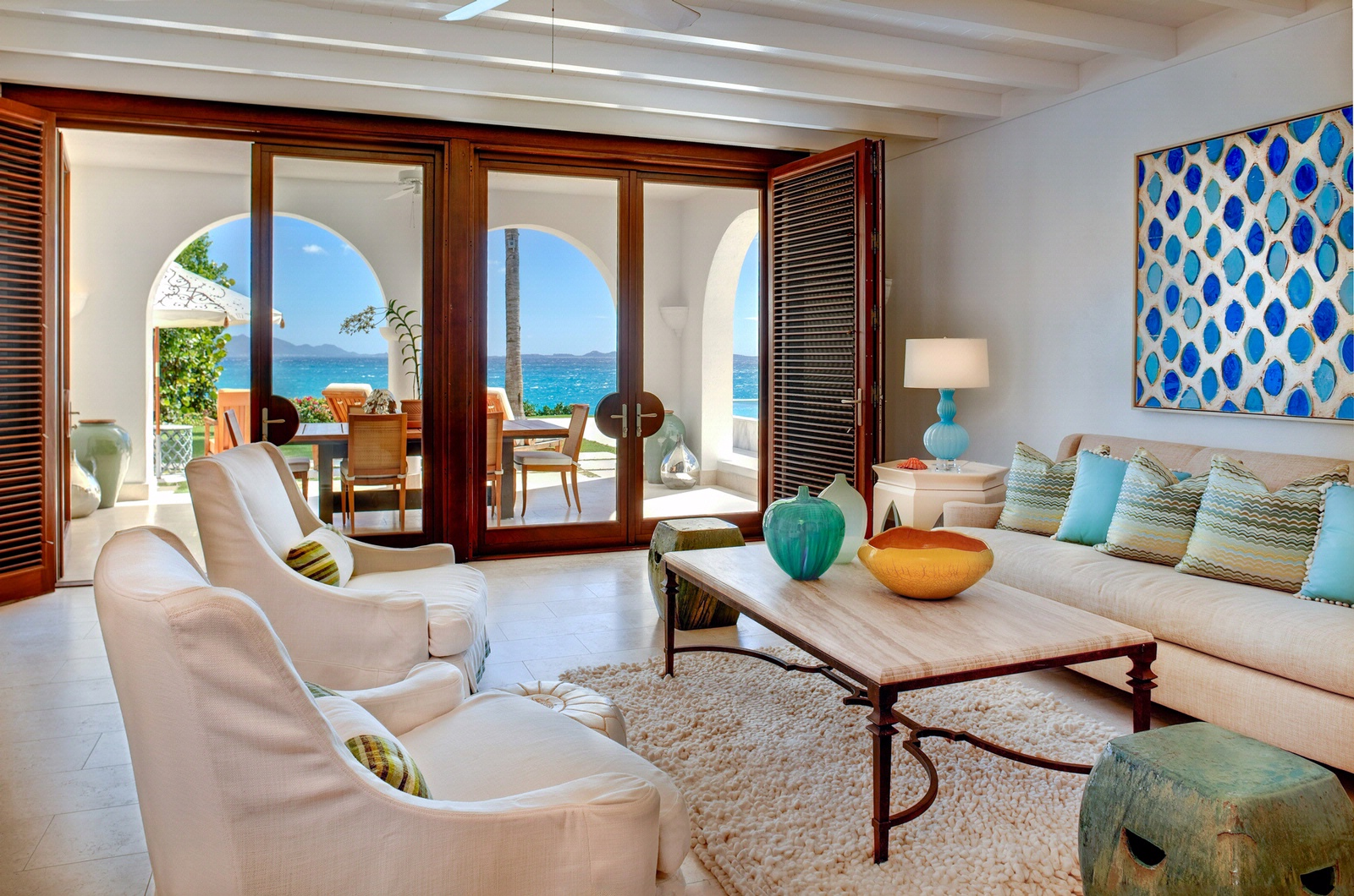 Deco salon bleu marine for Deco sejour bleu