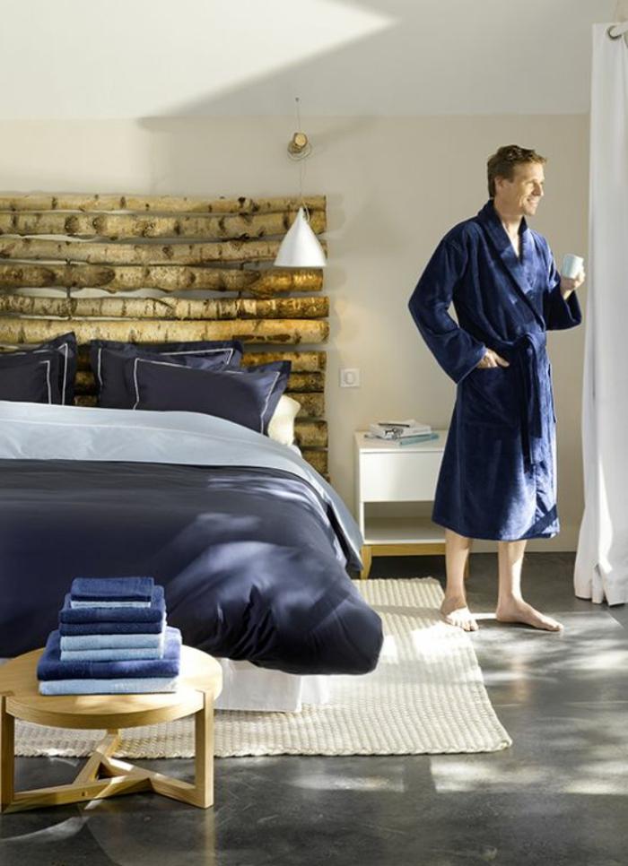 belle-chambre-à-coucher-amenagement-lit-ligne-homme-maison-rustique