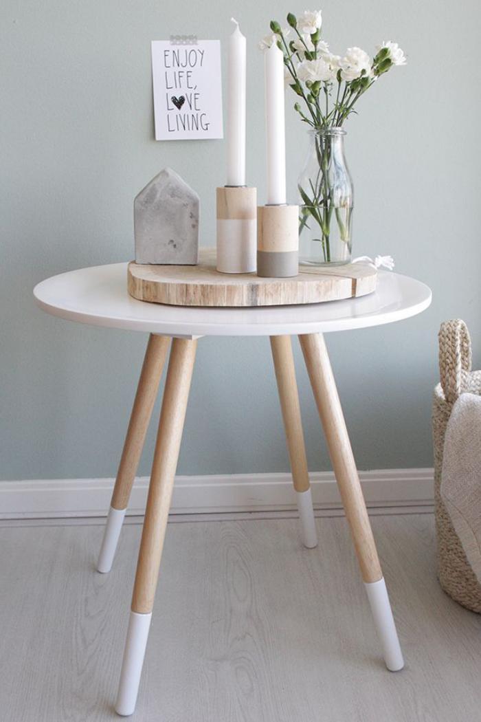 bougie-blanche-déco-esprit-nordique-petite-table-tripode