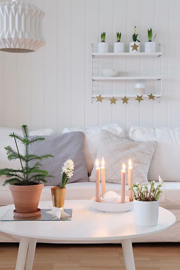 cr ez une merveilleuse d coration avec la bougie blanche. Black Bedroom Furniture Sets. Home Design Ideas