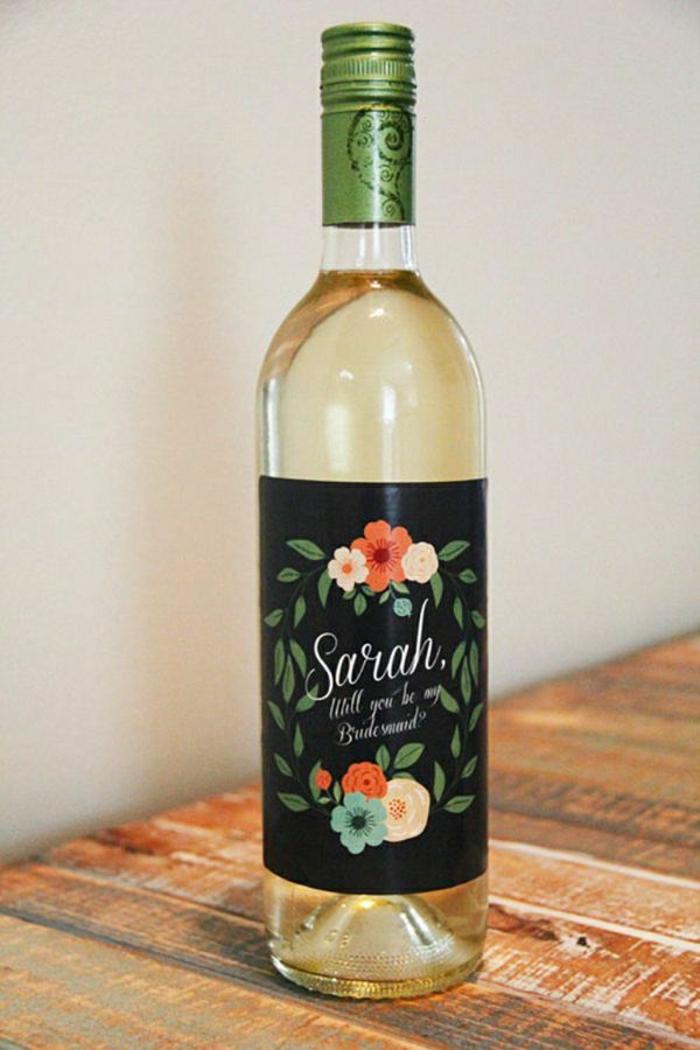 bouteille-de-vin-personnalisée-jolie-bouteiile-de-vin-blanc-bouteille-avec-etiquette-personnalisee