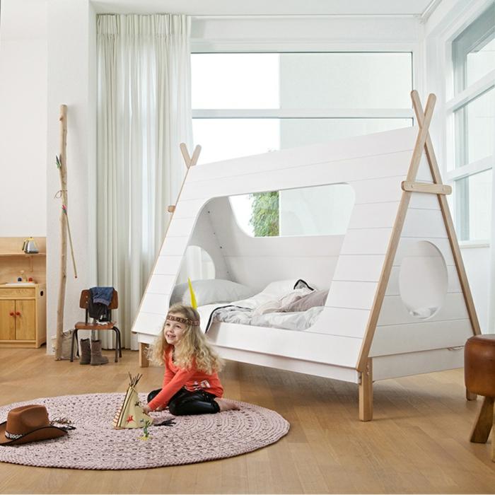 cabane-enfant-tente-enfant-jouer-dedans-dans-une-tente-cool-en-bois