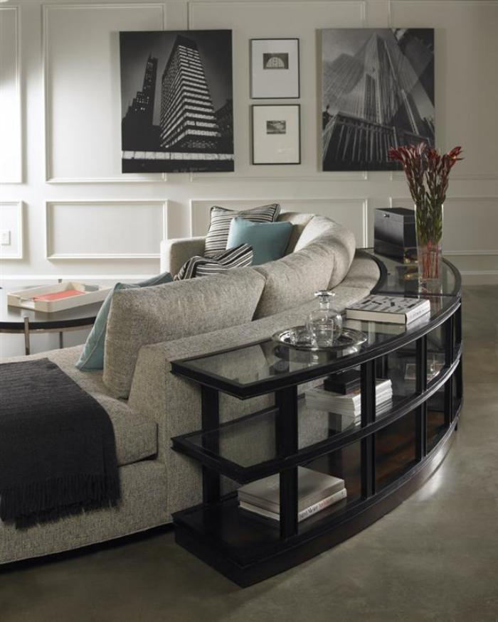 Int rieurs avec un canap arrondi un meuble pratique et for Model salon sejour