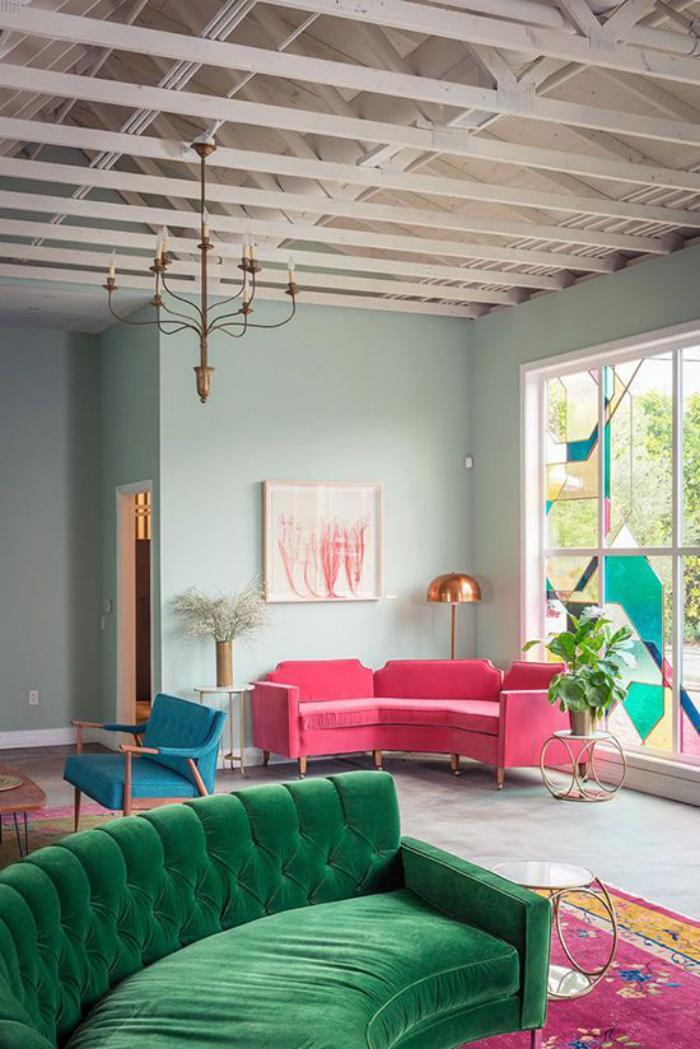 canapé-arrondi-canapés-circulaires-colorés-design-salon