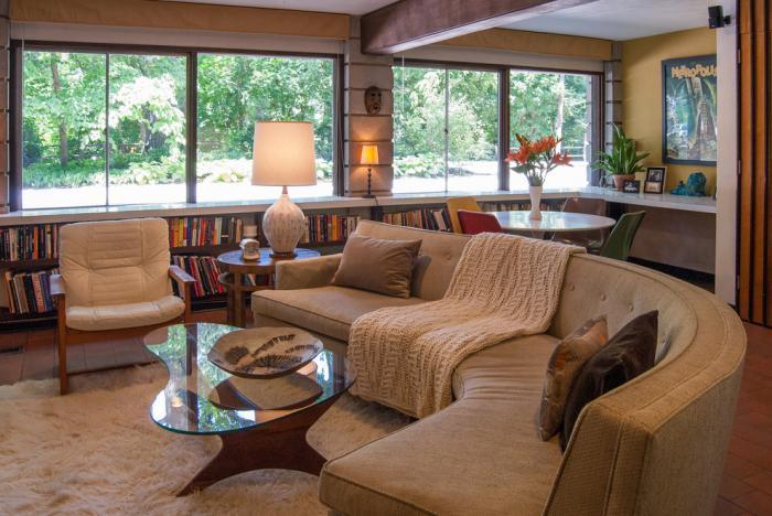 canapé-arrondi-sofa-circulaire-beige-salle-de-séjour