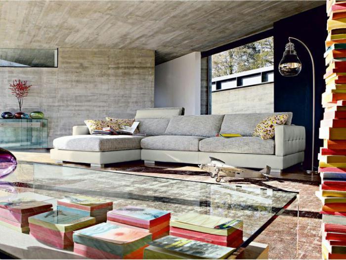 canapé-composable-décoration-de-salon-original-table-en-verre-originale