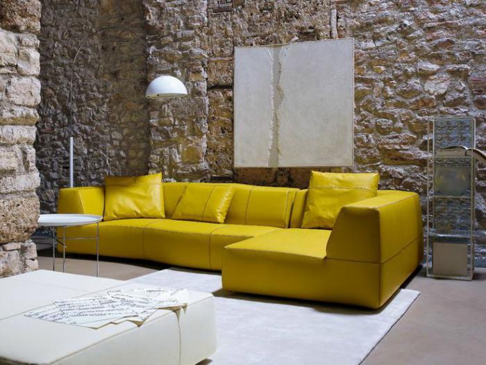 canapé-composable-jaune-modèle-contemporain-parement-pierre