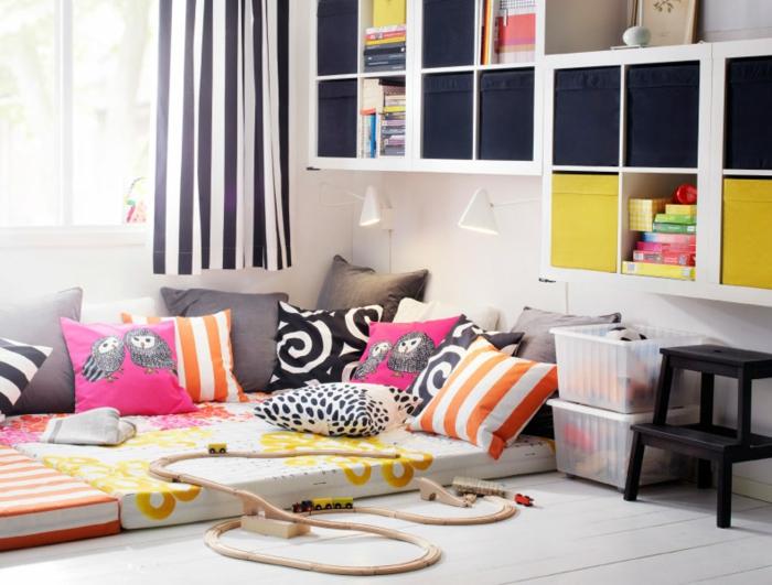 canapé-lit-confortable-salle-de-séjour-ambiance-tumblr