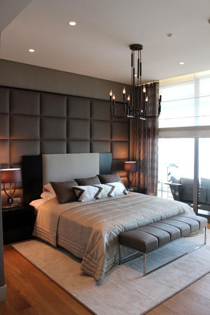 chambre-à-coucher-moderne-tête-de-lit-géante-chandelier-original