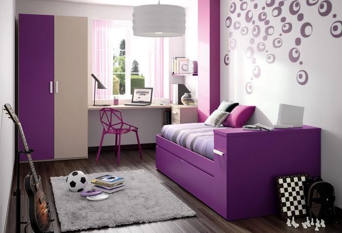 chambre-violette-intérieur-en-gamme-pourpre-chambre-ado