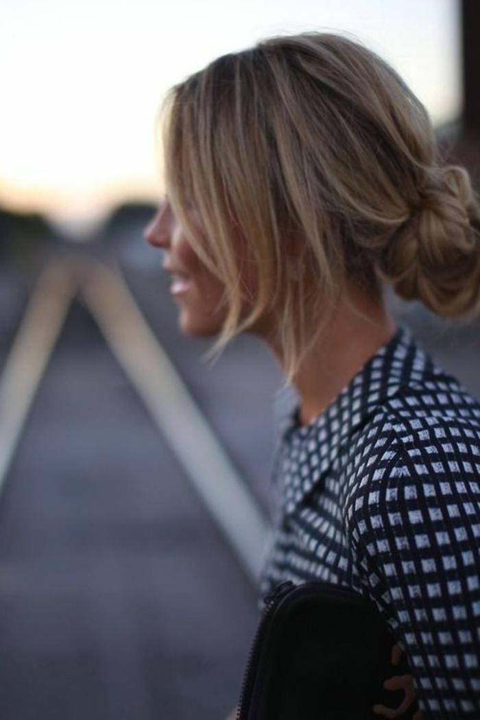 coiffure-de-soirée-facile-coiffure-a-faire-soi-meme-pour-les-cheveux-blonds