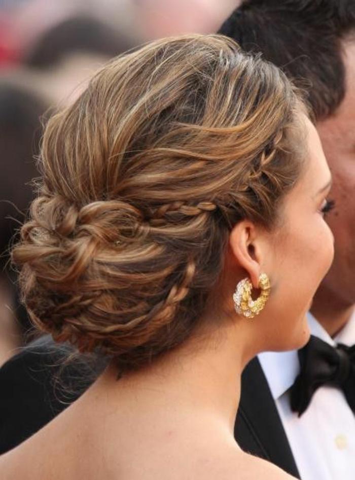 Beaucoup d 39 id es diy pour une coiffure de soir e facile Coiffure mariage facile longueur cheveux