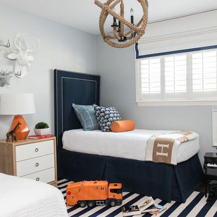 comment-aménager-la-chambre-enfant-créative-marine