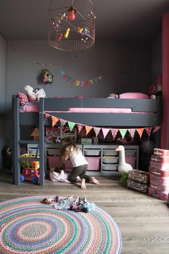 comment-aménager-la-chambre-enfant-créative-tapis-ronde
